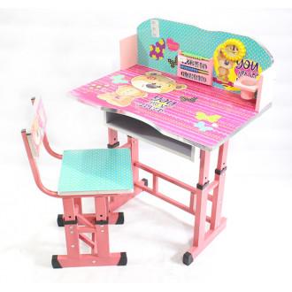 Փայտե գրասեղան իր աթոռով
