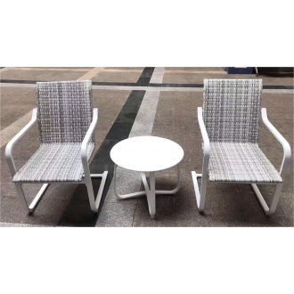 Պարտեզային աթոռ իր սուրճի սեղանով 2+1 հավաքածույով