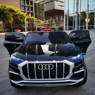 Մեքենա մանկական իր կառավարման վահանակով,մարտկոցով, Audi R8