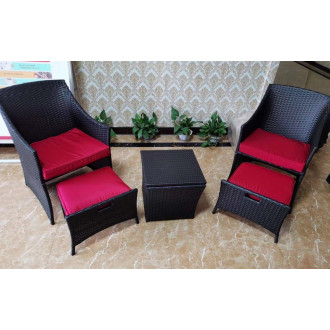 Պարտեզային աթոռ իր սուրճի սեղանով 4+1 հավաքածու